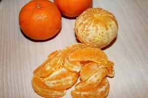 Салат с семгой и мандаринами