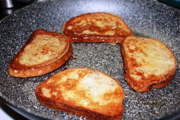 Сладкие гренки, завтрак вкусно и дешево